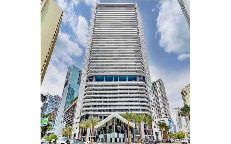 1300 Brickell Bay Dr, Miami Condo For Sale, Brickell House.