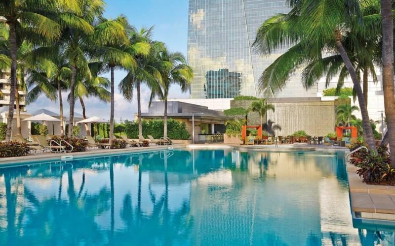 FOUR SEASONS RESIDENCES ,1425 & 1435 Brickell Ave, Miami, Florida 33131
