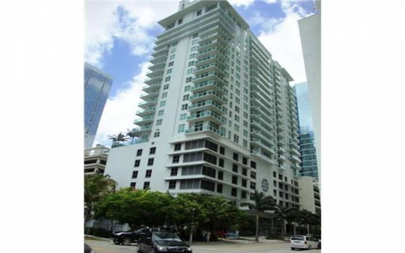 Solaris at Brickell, 186 SE 12 Ter Miami, 33131, Apartments For Sale in Brickell, Brickell Ave, Miami Florida, Brickell Realty, Brickell reviews