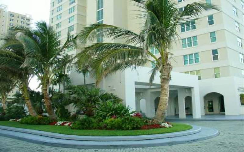ST LOUIS BRICKELL KEY ,800 Claughton Island Dr, Miami, Florida 33131